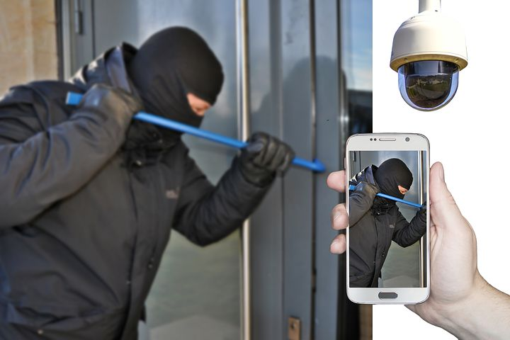 Home Security Technology Can Keep You Ahead of Burglars